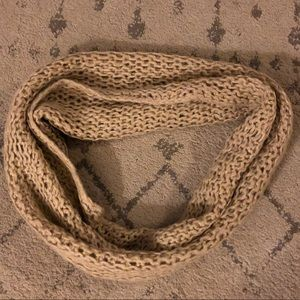 UO Knitted Crochet Infinity Scarf - Cream/Tan